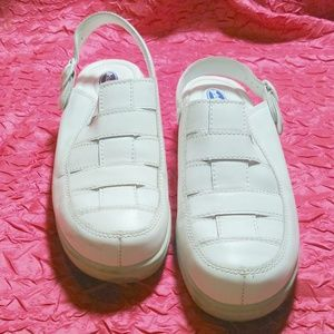 DR SCHOLLS Double Air Pillow Woven Leather Shoes